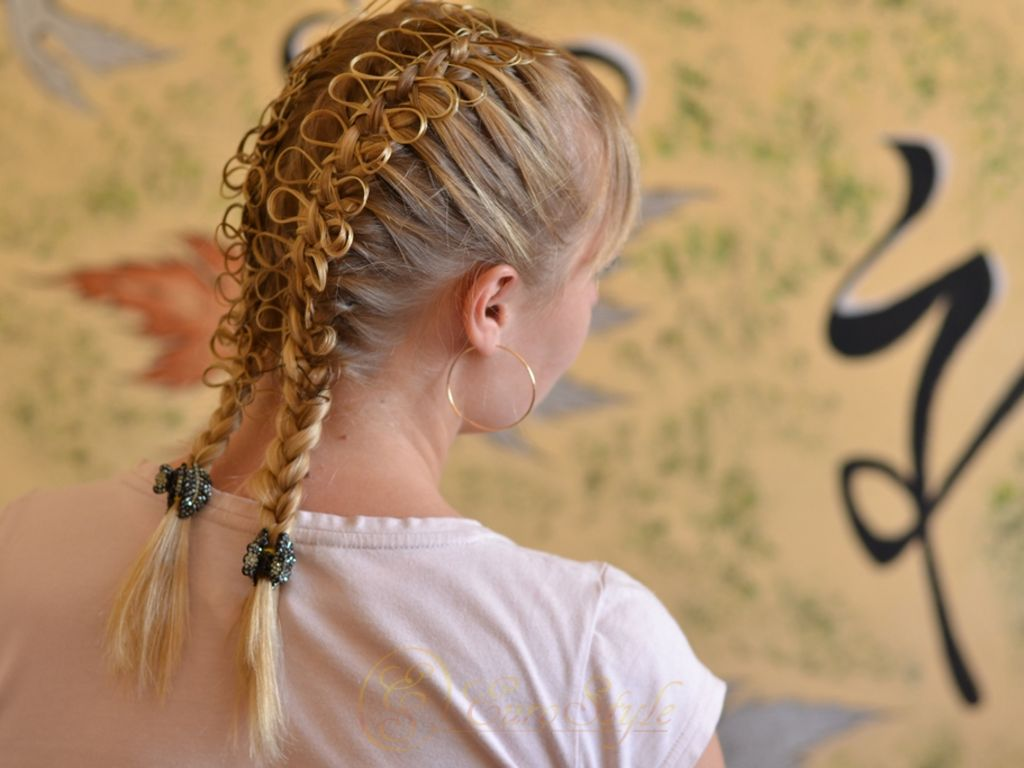 можно из волоса косичка бантик картинка нарушена, нет одной